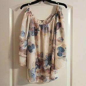 Charlotte Russe cold shoulder top. Floral